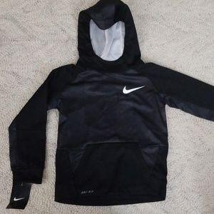 6 Nike sweatshirt NEW